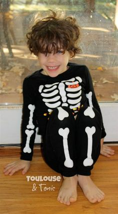 For one night, let your little ones run wild: Try a 1980s-style Halloween. @toulouseandtonic on Today.com 10/25/14