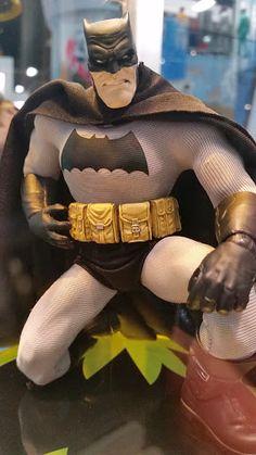 mezco One:12 Dark Knight Returns Batman #Batman #toys #SDCC