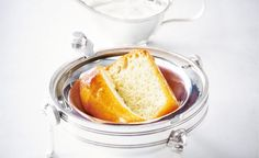 All My Chef / Rum baba by Alain Ducasse Alain Ducasse, French Cake, French Food, Chefs, Les Babas, Creamed Honey, Famous Recipe, No Bake Cookies, Baking Cookies