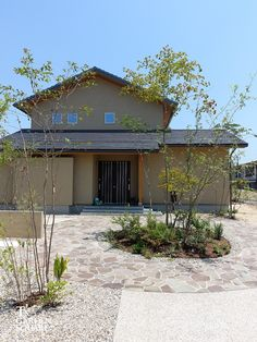 三和木の家 My Home Design, House Design, Japan Modern House, Zen House, Farm House, Simple House Exterior, Dream Apartment, Japanese House, Garden Trees