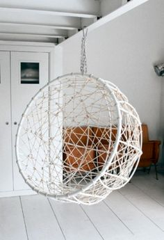 49 Cozy Hanging Chair to Relax  #CozyHangingChairtoRelax