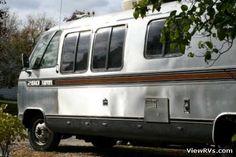 1982 Airstream 280 Turbo Diesel Motorhome (I) Exterior Road Side. our year motorhome Airstream Motorhome, Airstream Caravans, Vintage Vans, Recreational Vehicles, Diesel, Exterior, Camping, Travel Trailers, Infinite