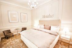 sklep Hastens Bed, Furniture, Home Decor, Homemade Home Decor, Stream Bed, Home Furnishings, Beds, Decoration Home, Arredamento