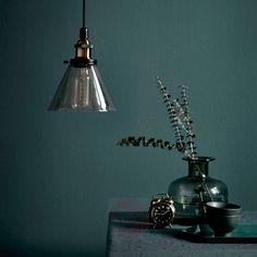 Pendellampe Oleander med ravfarvet glasskærm | Lampegiganten.dk #inspiration #nordisk #design #stilretning #bolig #interiør