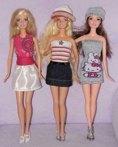 Voici plusieurs modèles de petits vêtements pour poupées Barbie ; c'est tout simple à faire et en plus ça ne coûte pas cher ! J'ai utilisé : des chaussettes enfant, un morceau de pantalon, un bas de jean coupé pour un ourlet, du satin coupé dans une housse... Barbie Sewing Patterns, Doll Clothes Patterns, Doll Patterns, Clothing Patterns, Barbie And Ken, Barbie Dolls, Barbie Stuff, Diy Fashion, Fashion Dolls