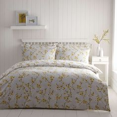 Stylish and contemporary duvet covers available from Dunelm. Our bed linen range includes a variety of colours and patterns, all made with high quality material and in every size, from single to king size duvet covers. Duvet Bedding, King Comforter Sets, Duvet Sets, Linen Bedding, Bed Linens, Linen Pillows, Cotton Bedding, Yellow Bed Linen, Yellow Duvet