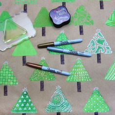 SNEAK PEAK!! New blog post coming tomorrow - loaded with great DIY #gelliprinted #giftwrapping ideas! Don't miss it!! Fabric, paper, #minigelliplate @sharpieMetallics and #uniball Signo pens and #gelliplates galore!! #gifttags #cards #cardmaking #wrappingpaper #holidaygifts #diyprojects #dontmissit #destressing #arttherapy #kidsprojects #arted #blickartmaterials acrylic paints #tsukineko #stazon