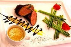 Хорошая еда задает тон любой беседе!