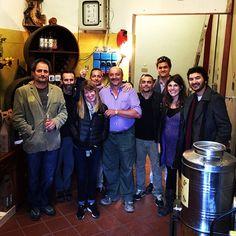 DeGustanti da tutto il mondo oggi pomeriggio  Nuovi amici dall'Oregon, dalla Svezia e dalla Spagna e i mitici di De Gustibus Wine Tasting Experience, Oregon, Italia