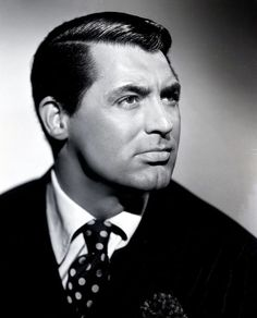 Cary Grant was such a good looking man & had a beautiful Lower Lip.