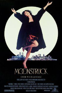 Moonstruck - Feitiço da Lua (1987) Loretta Castorini, a book keeper from Brooklyn, New York, finds herself in a difficult situation when she falls for the brother of the man she agreed to marry (the best friend of her late husband who died seven years previously).