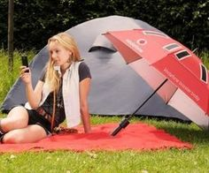 Vodofone has unveiled a special umbrella,called the Booster Brolly. Designed by Dr Kenneth Tong of University College London,this umbrella has an LED torch for night-time navigation and a hands-free cellphone cradle.A USB port for connecting phone or mobile device is located in the handle of the umbrella.
