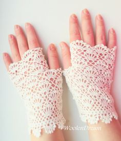 Milk White Bridal Gloves Wedding Fingerless Gloves Crochet | Etsy Cotton Gloves, Lace Gloves, Crochet Gloves, Cotton Lace, Crochet Lace, Fingerless Gloves, Women's Gloves, Mercerized Cotton Yarn, Vintage Gloves