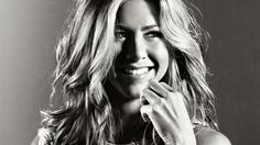 Jennifer Aniston black and white pictures   Jennifer Aniston Black and White HD Wallpaper