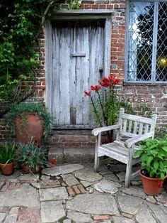 Vita's Sunset Garden: Remodelista