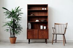 Brazilian rosewood bookcase with legs. Denmark Furniture, Bookshelves, Bookcase, Mid Century Design, Danish, Teak, Mid-century Modern, Inspiration, Home Decor