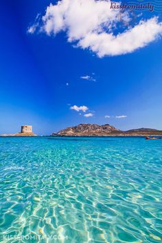 This is the amazing beach of Stintino, Northern Sardinia. Discover the sea of Sardinia onboard our luxury yachts! Click here to book!