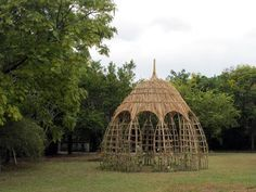 Lombok, Ficus, Tree Chair, Willow Fence, Disneyland, Bamboo Structure, Garden Whimsy, Bamboo Design, Cottage Plan