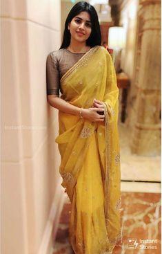Megha Akash Hot HD Photos & Wallpapers for mobile (megha akash, actress, kollywood, tollywood, hd wallpapers) Dress Indian Style, Indian Dresses, Indian Outfits, Indian Blouse, Indian Clothes, Silk Saree Blouse Designs, Fancy Blouse Designs, Blouse Patterns, Trendy Sarees