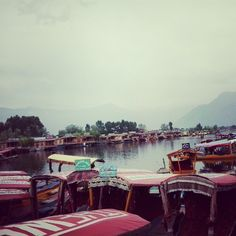 Vale of KASHMIR Houseboats In dal lake