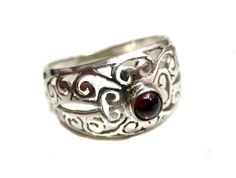 Hey, I found this really awesome Etsy listing at https://www.etsy.com/listing/166269848/925-sterling-silver-handmade-celtic-ring