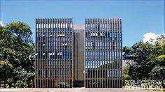 Revista Arquitetura e Construção - Reforma dá cara nova a apartamento dos anos 60 em Brasília