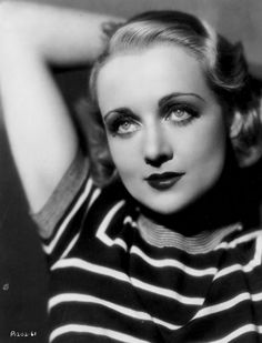 Carole Lombard (Paramount, Early Portrait Photo X Miscellaneous. Beautiful Vintage - Available at Sunday Internet Movie Poster. Old Hollywood Glamour, Golden Age Of Hollywood, Vintage Hollywood, Classic Hollywood, Hollywood Style, Hollywood Icons, Carole Lombard, Classic Actresses, Classic Movies