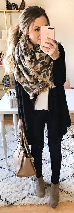 #winter #fashion / Leopard Scarf / Black Cardigan / White Top / Black Skinny Jeans / Grey Booties