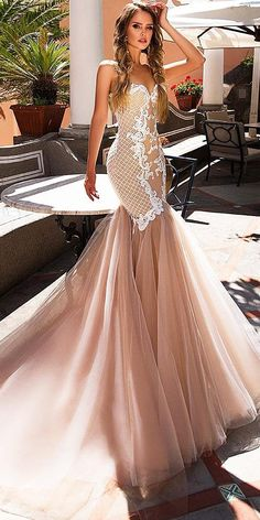 Diantamo wedding dresses look original and truly luxurious. Discover an exciting selection! We think you'll be impressed with these bridal gowns Beige Wedding Dress, Wedding Dress Trends, Casual Wedding, Mermaid Dresses, Bridal Dresses, Luxury Dress, Wedding Looks, Beautiful Outfits, Wedding Styles