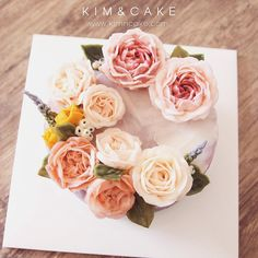 "1,221 Likes, 14 Comments - Butter cream flower cake&class (@kimncake) on Instagram: ""I love my cake…"""