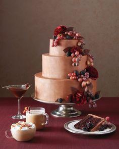 Decadent chocolate-and-blackberry-jam layer cake Salted Caramel Mocha, Caramel Apples, Beautiful Cakes, Amazing Cakes, Wedding Cake Red, Floral Wedding, Wedding Colors, Chocolate Liqueur, Decadent Cakes