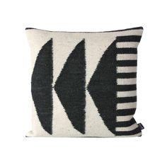 Traveler Cushion | dotandbo.com