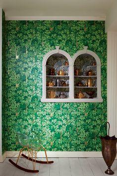 Cole & Son - Fornasetti wallpaper
