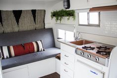 Breakfast at the Zemke& Loretta: Travel Trailer Reno Rv Living, Tiny Living, Airstream, Glamping, Vintage Camper Interior, Vintage Travel Trailers, Vintage Campers, Vintage Motorhome, Vintage Caravans