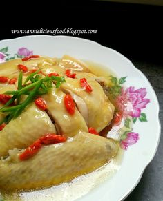 Happy New Year to everyone! It& a brand new year for 2016 and CNY is just around the corner. I think it& the right time for me to share my. Steamed Chicken, Braised Chicken, Chicken Rice, Steam Chicken Recipe, Chicken Recipes, Duck Recipes, Asian Recipes, Chinese Recipes, Chinese Desserts