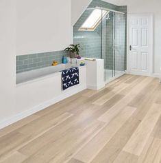 I need this splendid pallet wood flooring White Vinyl Flooring, Ash Flooring, Vinyl Flooring Bathroom, Karndean Flooring, Vinyl Sheet Flooring, Wood Floor Bathroom, Bathroom Vinyl, Kitchen Vinyl, Luxury Vinyl Flooring