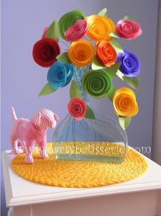 Super easy paper flowers and super cute!~