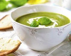 Velouté végétalien aux petits pois, brocoli et épinards : http://www.fourchette-et-bikini.fr/recettes/recettes-minceur/veloute-vegetalien-aux-petits-pois-brocoli-et-epinards.html