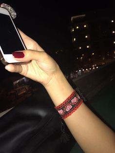 Püsküllü bilekliğimiz 🌺 👉 #nubynu  #handmade #design #accessories #fashion #moda #girl #woman #luxury #trend #takı #jewellery #tasarım #style #aksesuar #bileklik #bracelet #kişiyeözel