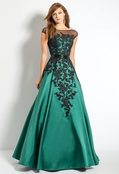 Mikado Ball Gown Wit