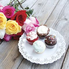 Roses. Cupcakes. What else could you need? ==