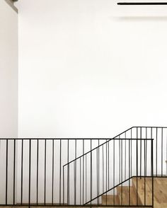 Simplicity with white walls, black steel balustrade and oak timber floors Photo 1 of 27279 in Best Photos from Inanda house, Johannesburg Steel Stair Railing, Steel Balustrade, Timber Stair, Balustrades, Steel Stairs, Staircase Railings, Banisters, Staircase Design, Stairways