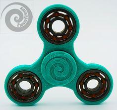 Classic EDC Tri-Bar Fidget Spinner Toy w/ Caps от FidgetThings