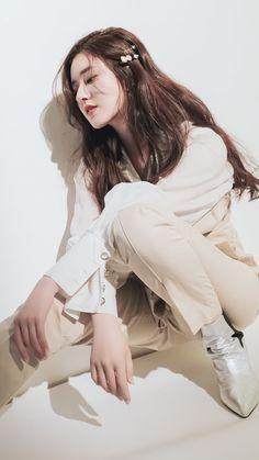 Korean Photography, Girl Photography, Beautiful Chinese Girl, Beautiful Asian Women, Dramas, Girl Friendship, China Girl, Asian Celebrities, Female Actresses