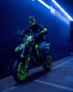 Ktm Dirt Bikes, Cool Dirt Bikes, Harley Bikes, Motocross Love, Motorcross Bike, Motorcycle Bike, Figuras Disney Infinity, Motard Bikes, Ktm Supermoto