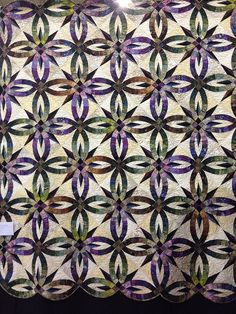 Mary Lyttle - Kim and Frazier's Wedding Quilt; machine pieced, machine quilted, pattern design by Judy Niemeyer | Flickr - Photo Sharing!
