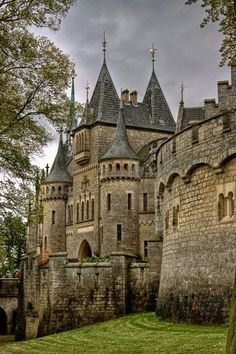 Would love to be able to go through this castle.Medieval, Marienburg Castle in Hannover, Germany Beautiful Castles, Beautiful Buildings, Beautiful Places, Beautiful Boys, Simply Beautiful, Chateau Medieval, Medieval Castle, Gothic Castle, Medieval Fortress