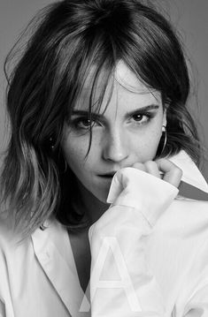 Emma Watson on the Pressure to Have the Perfect Life By 30 - Emma Watson on the Pressure to Have the Perfect Life By 30 emma watson style fashion hair outfits - Ema Watson, Emma Watson Style, Emma Watson Outfits, Emma Watson Beautiful, Pretty People, Beautiful People, Blazer Outfit, Divas, Beautiful Celebrities