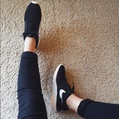 9ac6adcb001a NIKE Kaishi lightweight sneaker. black. Nike Shoes Athletic Shoes