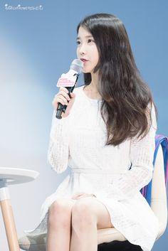 150908 IU at Samsung Play the Challenge Talk Concert Korean Women, K Idols, White Dress, Handsome, Female, Cute, Beautiful, Dresses, Woman